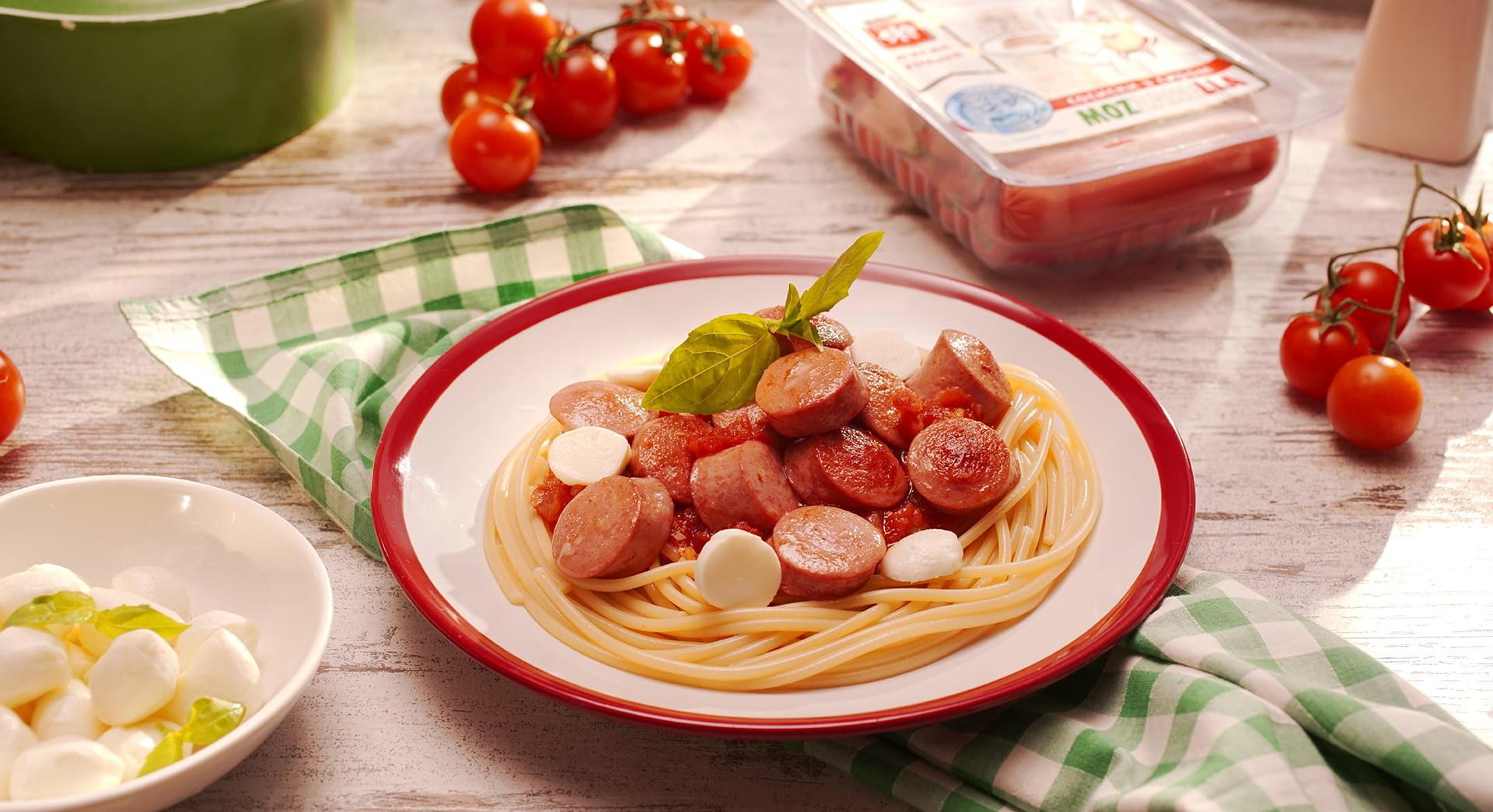 """Паста с сосисками """"З сиром Mozzarella"""""""