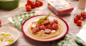 Паста с сосисками З сиром Mozzarella