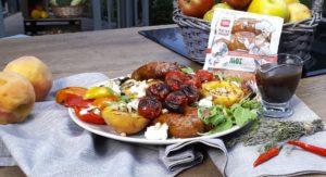 Колбаски гриль З сиром Mozzarella и персиками
